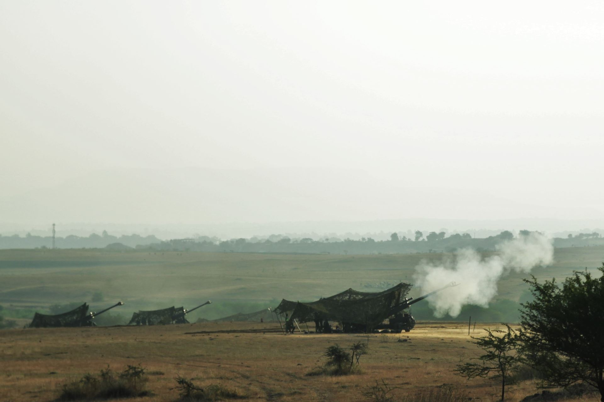 The Singapore Armed Forces' Singapore Light Weight Howitzers firing off in a joint live-firing with the Indian Army at Exercise Agni Warrior 2018.