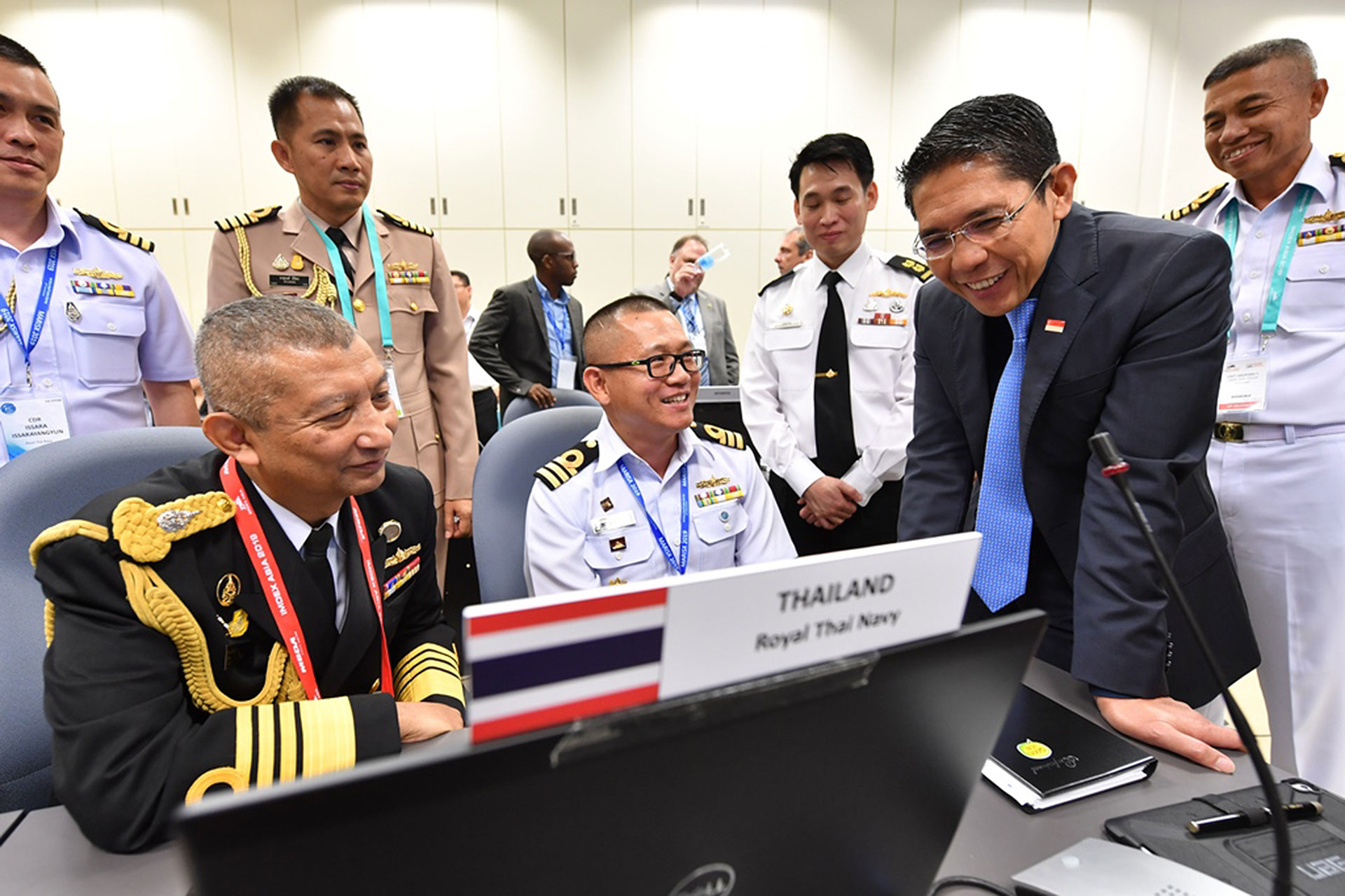 Dr Maliki interacting with international liaison officers from the Royal Thai Navy stationed in the IFC.