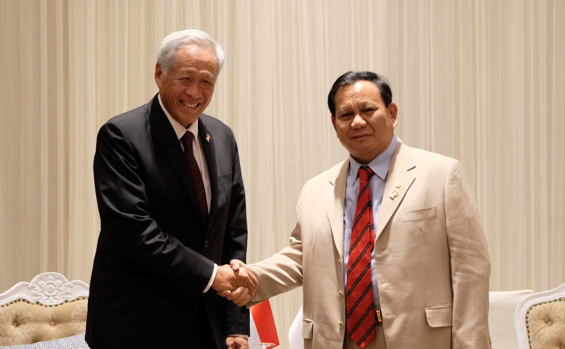 Dr Ng met Indonesian Minister for Defence GEN Prabowo Subianto on the sidelines of the ADMM Retreat and 6th ADMM-Plus yesterday.