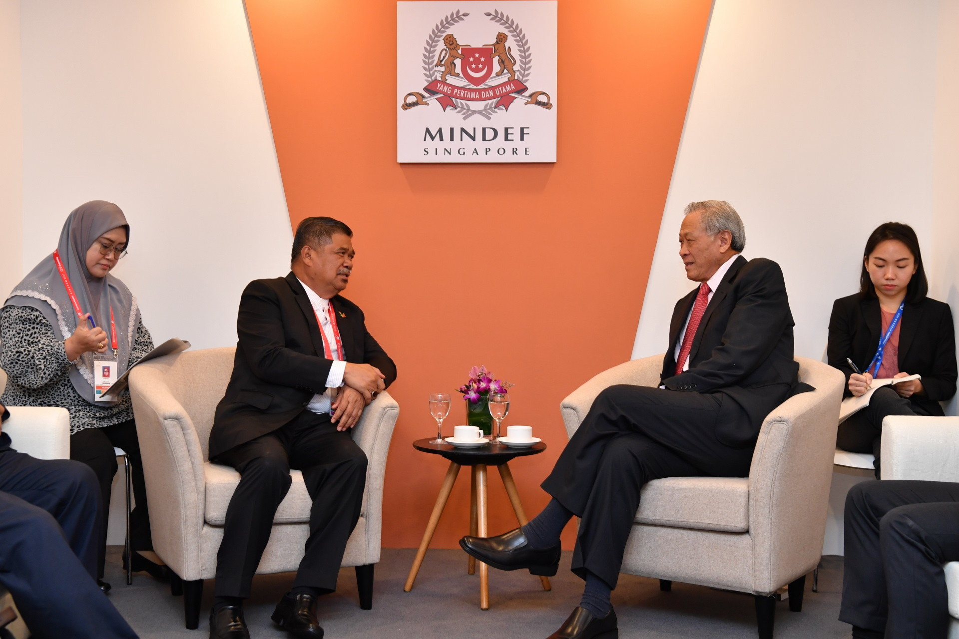 Malaysia Minister of Defence Mohamad Sabu (left) calling on Minister for Defence Dr Ng Eng Hen (right) earlier today.