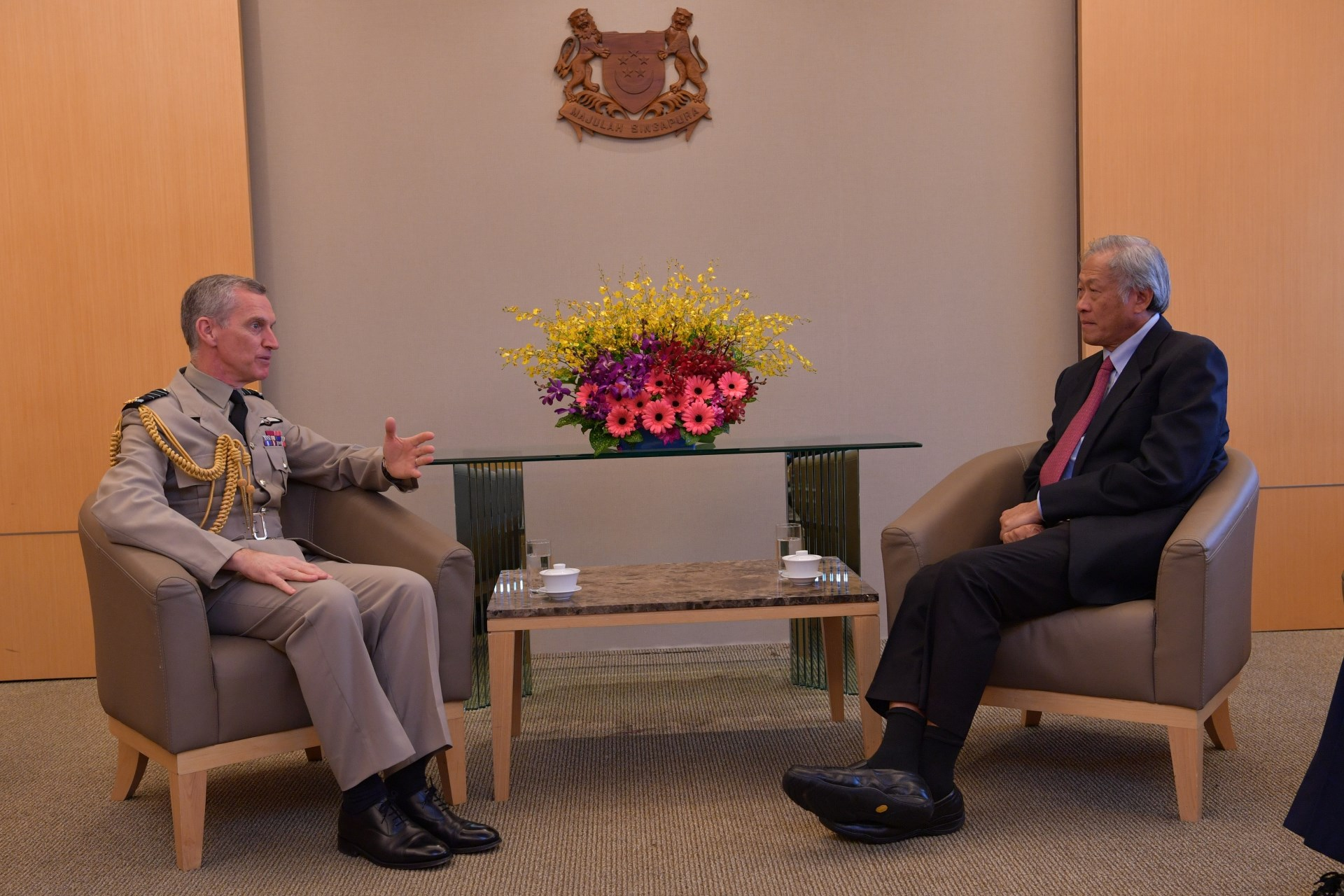 ACM Hillier calling on Minister for Defence Dr Ng Eng Hen in MINDEF this morning.