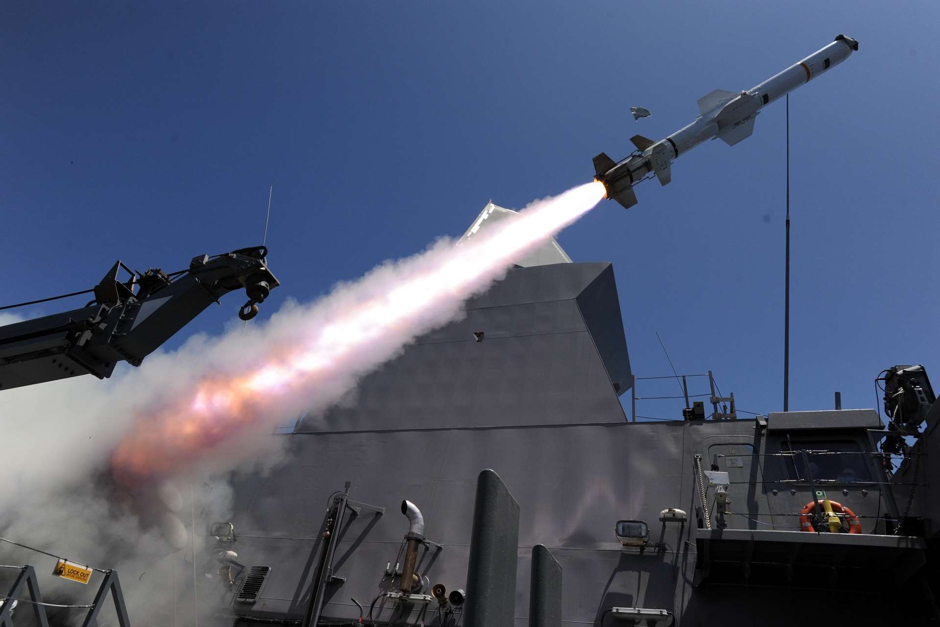 RSN conducts successful Harpoon missile firing at RIMPAC
