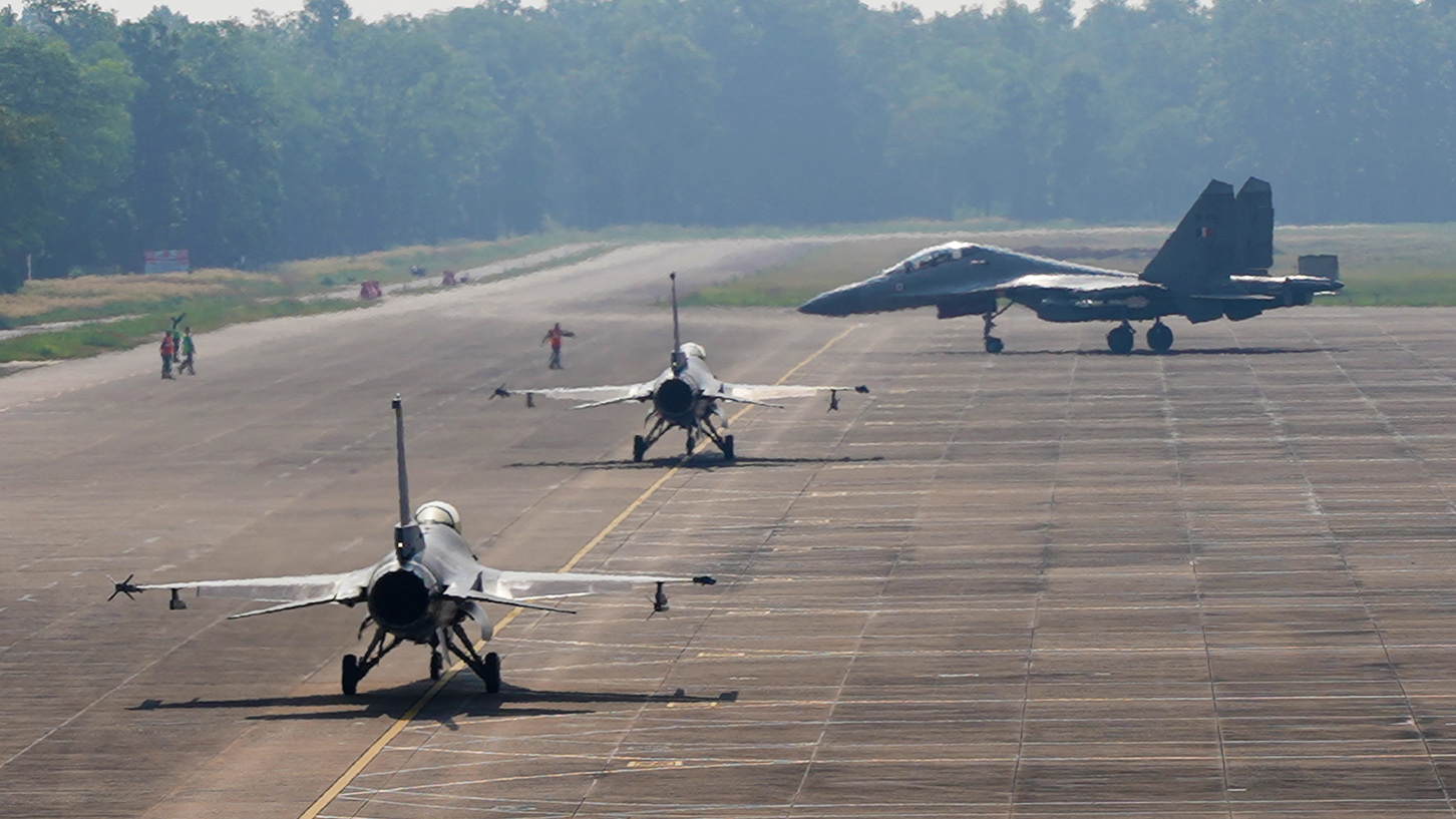 The F-16C/Ds and SU-30MKI fighter aircraft perparing for take off